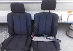 Передні-сидіння-Фольцваген-Гольф-4-2003