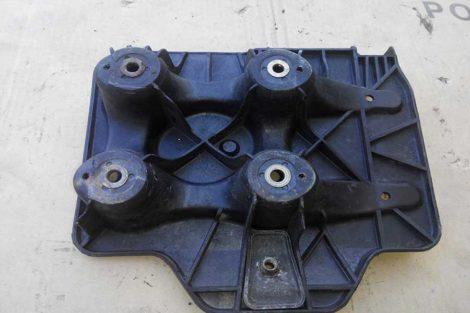 Підставка-під-акумулятор-Фольцваген-Гольф-4-2003