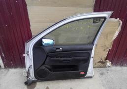 Передня-права-дверка-Гольф-4-1.6