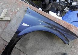 Крило переднє праве Renault Megane 2