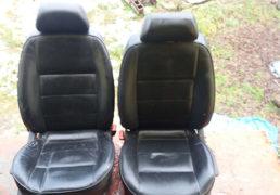 Передні шкіряні сидіння Golf4
