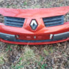 Передній бампер червоний Рено Меган 2