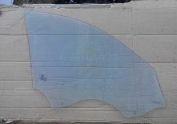 Sklo na perednyu livu dverku Renault Megane 2