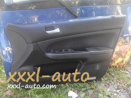 Дверна карта передня права дверка Honda Accord 7