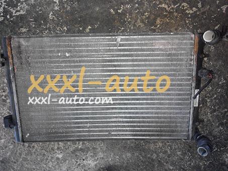 Основний радіатор VW Golf 4 1J0121253 N