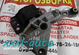 Подушка двигуна Рено Меган 2 1.9