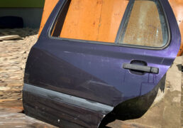 Volkswagen Golf 3 1991-1997 двері задні ліві